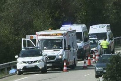 Una niña de 15 años muere al saltar de una ambulancia en marcha en Asturias