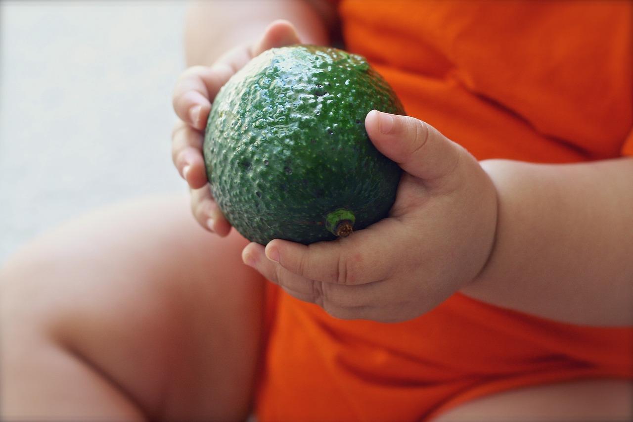 Unos padres causan daño cerebral a su hija por someterla a una dieta extrema vegana y ahora tendrán que pagarlo