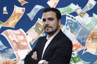 """La luz le pasa factura a Garzón, Podemos y FACUA: """"Ningún gobierno decente debe tolerarlo"""""""