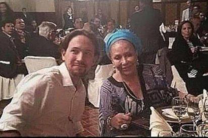La foto de Pablo Iglesias cazado de cena con una 'narcoterrorista' fulmina a Podemos