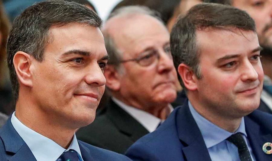 Iván Redondo dirigirá con 10 empresarios del IBEXel plan para repartir los 140.000 millones de la UE