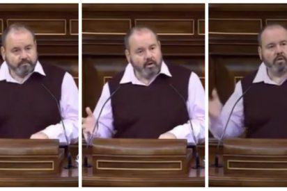 Twitter lapida a un diputado de Pablo Iglesias por llevar hasta la desmemoria su fijación contra el PP