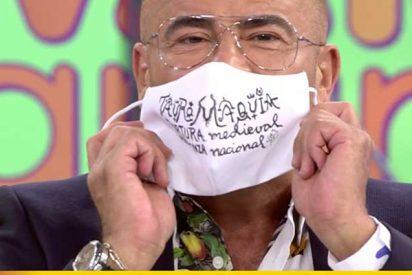 Belén Esteban rebaja la euforia de Vázquez tras ponerse una mascarilla ofensiva hacia la tauromaquia