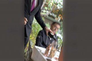 Monedero, cazado en un lujoso restaurante mientras animaba a los barrios obreros a protestar contra Ayuso