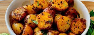 Patatas con ajo y limón: Una guarnición de lujo y el aperitivo perfecto