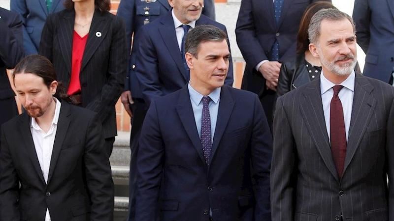 El Rey Felipe y Casa Real poseen un decisivo informe jurídico que deja de pena a Sánchez e Iglesias