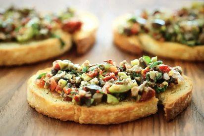 Tapenade: Receta de un espectacular bocadillo con pastade aceitunas negras y verdes