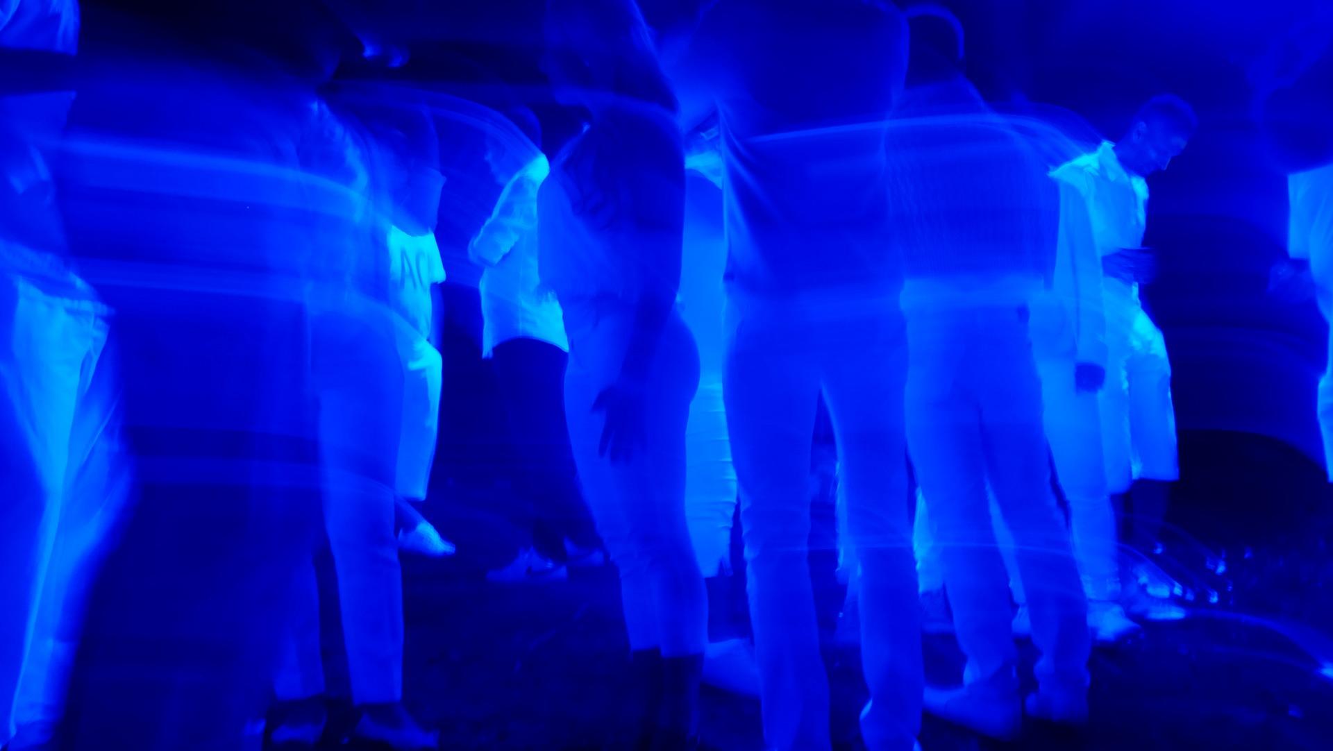 Un tipo especial de luz ultravioleta elimina el coronavirus presente en el aire sin dañar a las personas