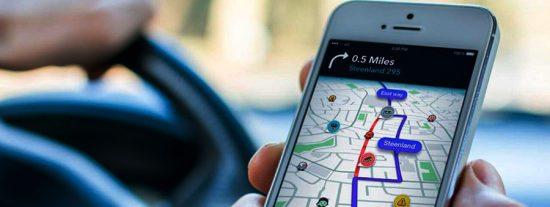 Más mordaza gubernamental: La DGT limitará el uso de apps 'chivatas' como Google Maps o Waze para evitar que se avise de controles policiales cercanos