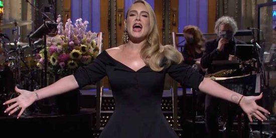Lo último de Adele: Sin disco, con curvas y romance oficial