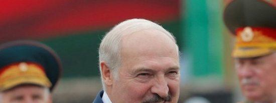 La Unión Europea impone sanciones contra Bielorrusia, pero no se atreve a castigar a Lukashenko