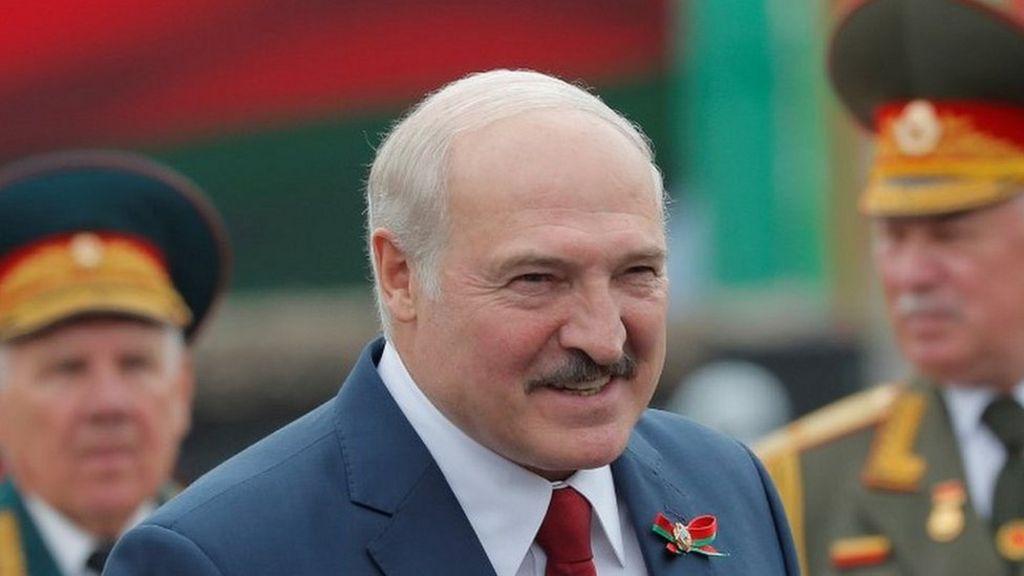 El tirano Lukashenko utilizará la ley marcial en Bielorrusia para contrarrestar las sanciones de la UE