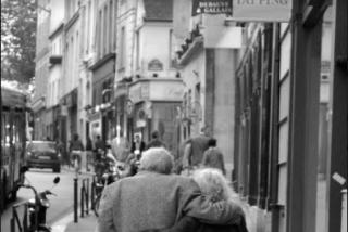 Anián Berto : ' Una residencia de ancianos no permite ser un negocio de intercambio de monedas'