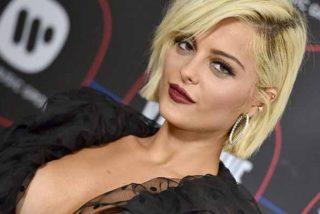 """La cantante Bebe Rexha muestra lo prohibido para enviar un mensaje: """"Ya voté"""""""
