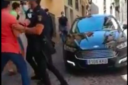 Vídeo: la supuesta fuga de Irene Montero al ser 'cazada' en Segovia, pero era un 'escrache' a Díaz