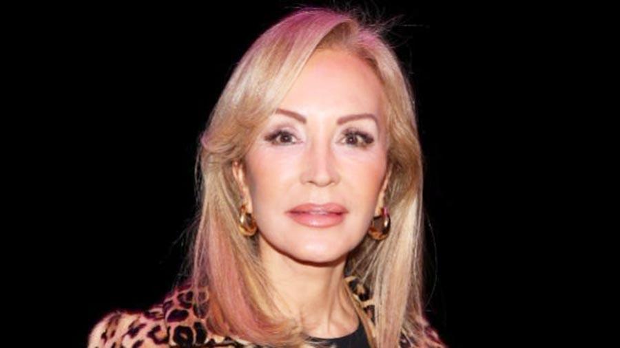 """Carmen Lomana retrata a Sánchez: """"Le tengo más miedo a este Gobierno que al Covid-19"""""""