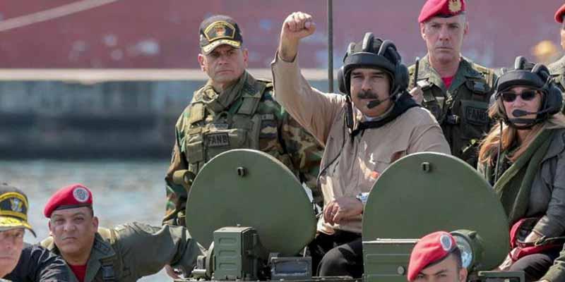 Maduro despilfarra el dinero de los venezolanos y fabricará drones para defensa