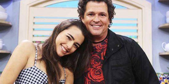 La hija traviesa de Carlos Vives promueve el voto en EEUU con la guitarra pero sin ropa