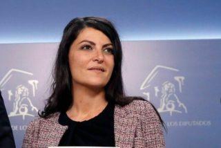 """Macarena Olona (VOX) explica el 'no' del PP en la moción de censura: """"Hay un pacto secreto con Sánchez para salvarles del 'caso Kitchen'"""""""