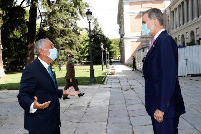 """El Presidente de Portugal aúpa a Felipe VI para vencer los ataques de Podemos: """"Continúe siendo un símbolo de España"""""""