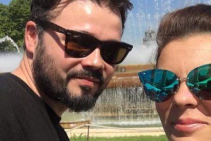 De los desgarradores textos a los desnudos integrales: Mireia Varela, ex de Gabriel Rufián, se quita la ropa y revoluciona Internet