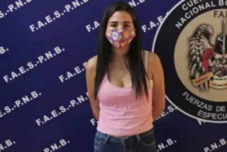 Pornografía en Venezuela: detienen a la mujer que se desnudaba y torturaba perros hasta matarlos
