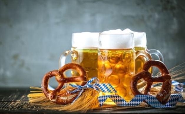 pretzels y cervezas