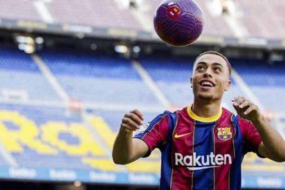Oficial: Sergiño Dest ficha por el FC Barcelona a cambio de 21 millones de euros