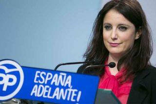 """Contra Andrea Levy vale todo: la concejal del PP señala públicamente al periodista que habló de sus """"historias nocturnas"""""""