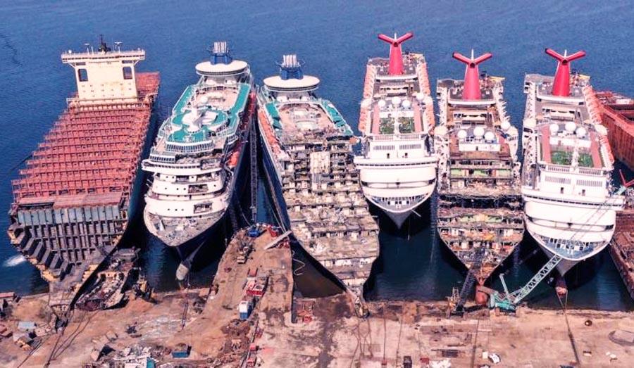 El coronavirus y el insólito destino de la industria de cruceros: algunos barcos se están desmantelando