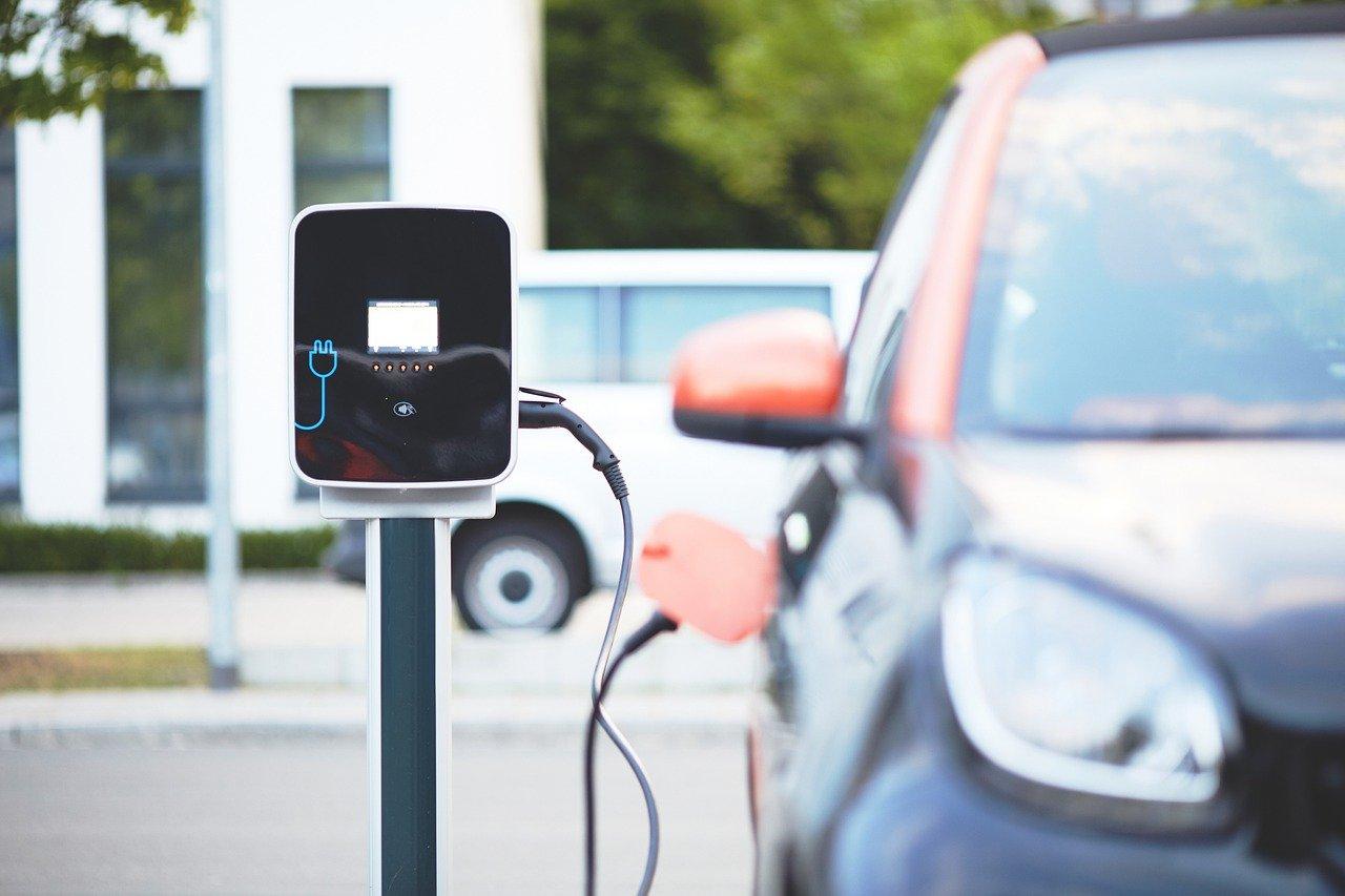 Comprar un coche eléctrico en Europa vale casi un 60% más que en China