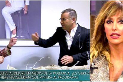Las redes ponen a Emma García entre la espada y la pared tras el enfrentamiento de Teresa Campos y Jorge Javier