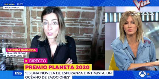 Susanna Griso vacila a Sandra Barneda en 'Espejo Público' y le dedica la frase más mítica de 'La isla de las tentaciones'