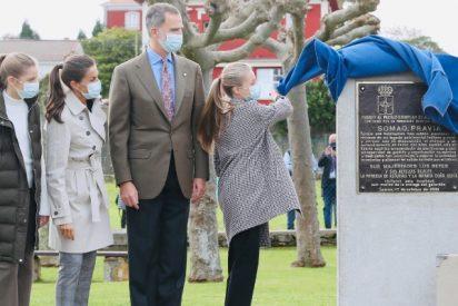 La llamada de atención del Rey Felipe VI a Letizia y sus hijas en público: un gesto que lo dice todo