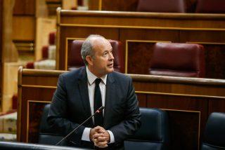 Jueces y fiscales dan un 'mega plantón' al Ministro de Justicia por apoyar el asalto de Sánchez e Iglesias al CGPJ