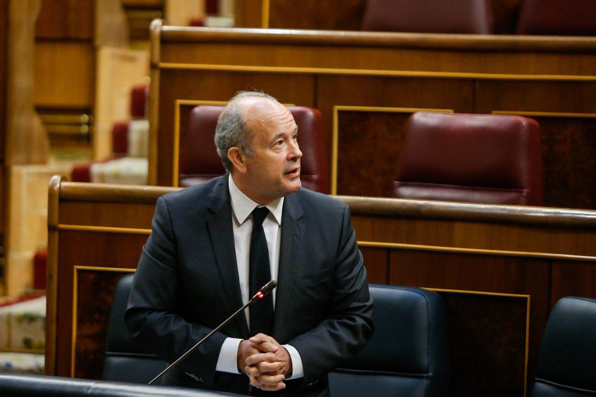 El Diario de Sesiones del Congreso ajusticia al ministro Campo por su pirueta con los indultos a los golpistas