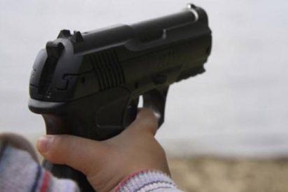 Se mata un niño de 3 años al jugar con una arma de fuego en su fiesta de cumpleaños