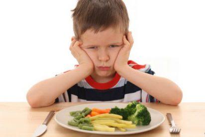 Harvard desvela que cenar tras las 21.00 horas genera «consecuencias muy graves para los niños»