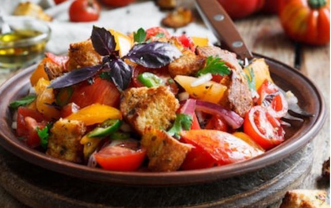 Receta de panzanella de la Toscana
