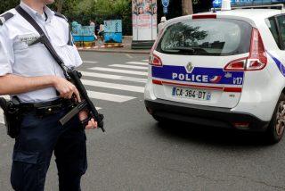 Matan a tres policías en el centro de Francia por intentar salvar a una víctima de violencia machista