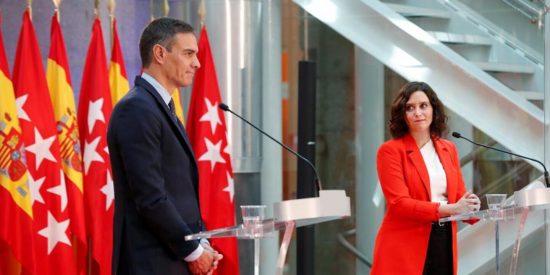 """Ayuso replica a Sánchez con su propia videoteca cuanto este acusa a Madrid de una """"desescalada rápida"""""""