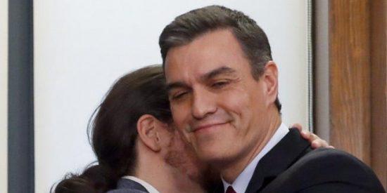 """Carlos Dávila: """"Los hombres públicos no tienen vida privada"""""""