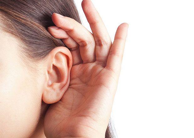 El coronavirus también podría causar sordera irreversible, alerta un estudio del Reino Unido