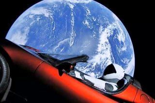 Llega a Marte el Tesla descapotable de SpaceX que deambula por el espacio