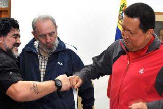 IU se despide del 'comandante' Maradona, el blanqueador de tiranos como Castro, Chávez y Evo