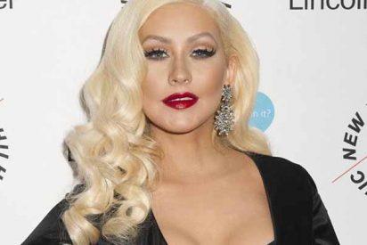 La sensualidad pecaminosa de Cristina Aguilera en ajustados trajes de látex