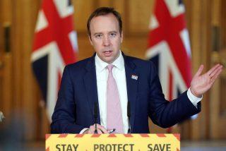 Reino Unido prevé empezar la vacunación masiva contra el COVID-19 en diciembre