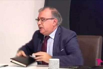 El cuñado de García-Page 'pierde los papeles' y le tira una libreta a una portavoz del PP durante una tertulia