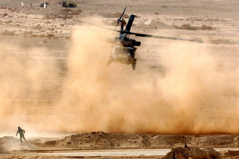 Isreal bombardea objetivos militares en Siria como respuesta al hallazgo de explosivos iraníes en su frontera