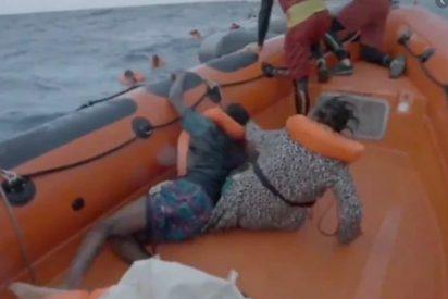 """""""¿Dónde está mi bebé?"""": el desgarrado grito de la mujer que pierde a su hijo en el naufragio de una patera"""